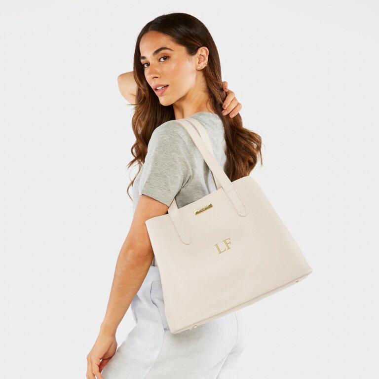 Riley Shoulder Bag In Off White