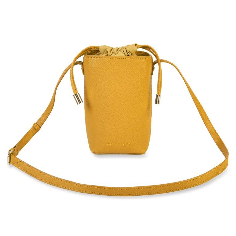 Cece Drawstring Crossbody Bag In Ochre