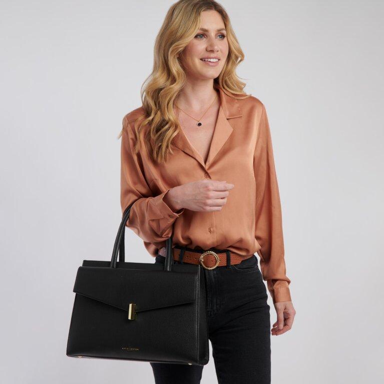 Casey Shoulder Bag in Black