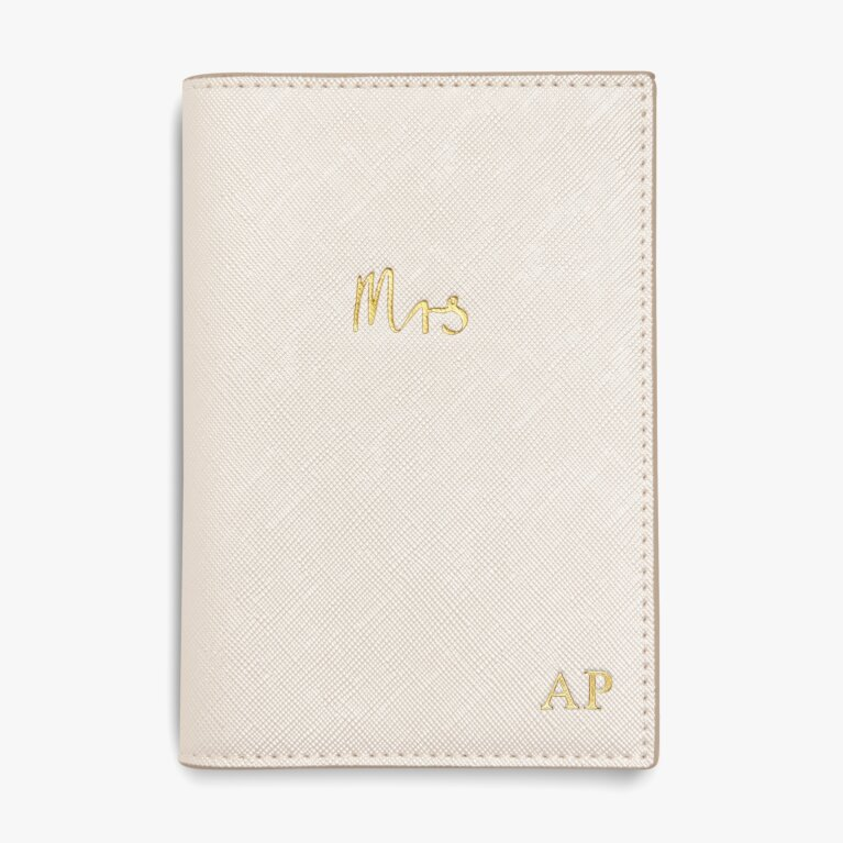 Passport Holder Mrs In Pearlescent White