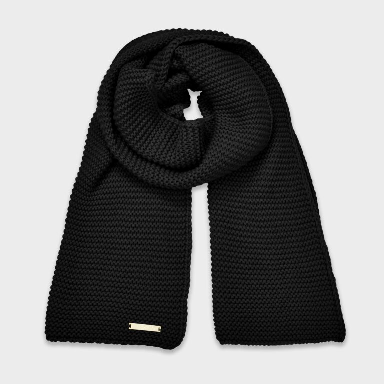 Chunky Knit Scarf In Black