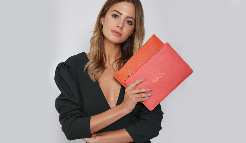Model holding perfect pouch